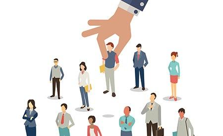 Buscar colaboradores: ¿tarea interna o externa?